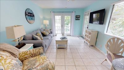 Photo for PRIVATE 2 BEDROOM 2 BATH B RETREAT NEWLY REMODELED