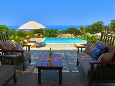Photo for Villa Minea, the spacious 4 bedroom villa with heated pool