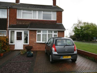 Photo for Two Bedroomed house close to shops