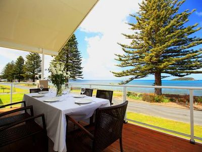 Photo for Absolute beachfront accommodation, perfect for families.