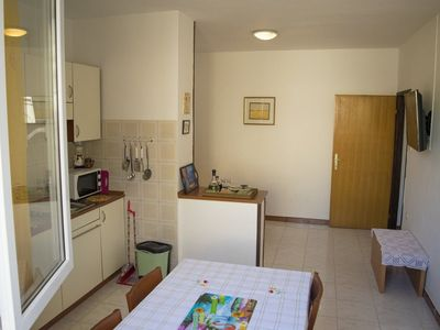 Photo for Apartment with air conditioning, satellite TV and Internet - for 2-3 people