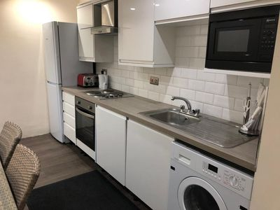 Photo for One bedroom apartment nr Heathrow
