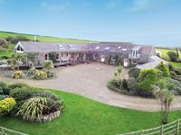 A wonderful venue for a large gathering, superbly equipped and really homely.