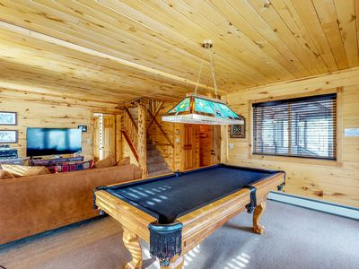 Photo for Cabin with private hot tub, lake and mountain views, large deck!
