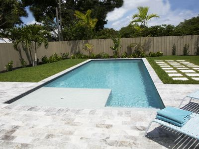 Photo for Tropical Pool House in great area