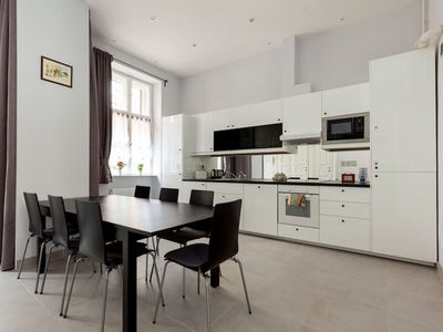 Photo for Spacious apartment in central Budapest