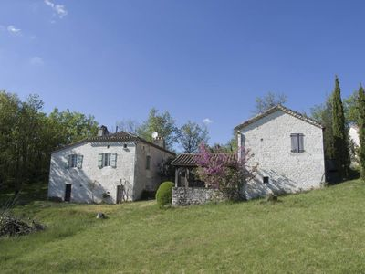 Photo for The cottage of Pech Lagarde is located in the middle of the famous Quercy Blanc,