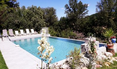 Heated pool OVERFLOW Private pool  the Countryside LAUZERTE