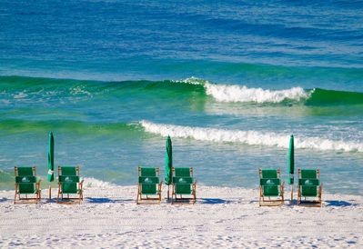 Beach service of two chairs and an umbrella included with rental Mar 1-Oct 31