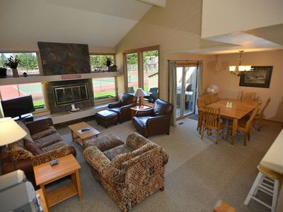 Photo for 21 Quelah Condo: 3 BR / 2 BA condo in Sunriver, Sleeps 8