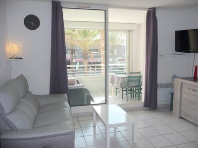 Photo for AIR-CONDITIONED apartment, sleeps 6, POOL