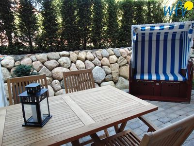 """Photo for In the """"Achterhus"""" on Juist the beach chair is already waiting for you!"""