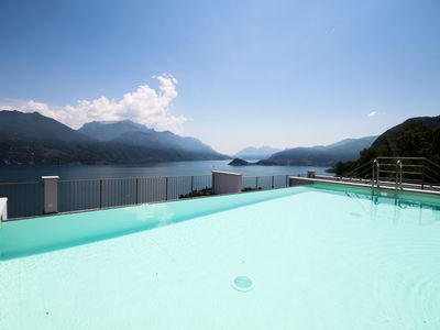 Photo for Modern, new, luxury, comfort and don't forget the views...oh and did we mention the roof top swimmin