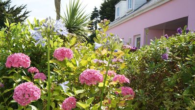 Beautiful 4* Self-Catering, by Stunning Cliffs & Bays - Three Bedroom Cottage