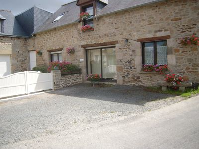 Photo for cottage in a hamlet, near Dinan: medieval town, 12 km sea