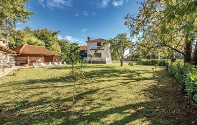 Photo for Holiday house with barbecue terrace and lawn