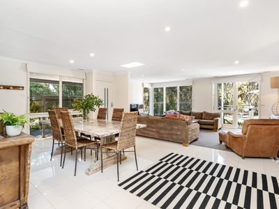 Photo for COLLINS PARADE COZY RETREAT SORRENTO (S405269458) BOOK NOW FOR SUMMER BEFORE YOU MISS OUT
