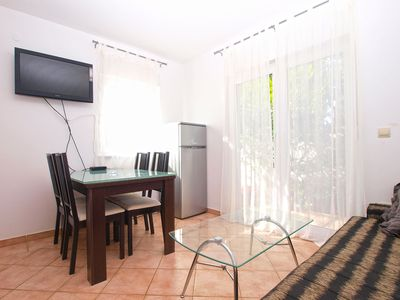 Photo for Apartment for 4 people with 2 bedrooms (ID 14566)
