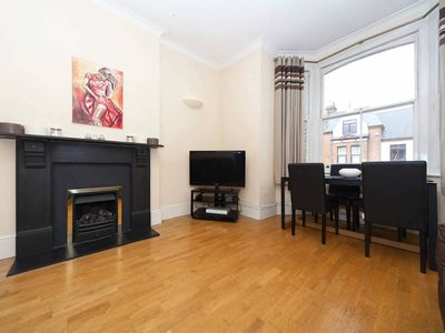 Photo for Bright, Rustic Apartment in West Hampstead