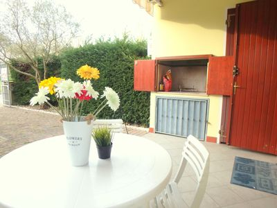 Photo for Beautiful air-conditioned villa with porch and BBQ at Lido di Pomposa
