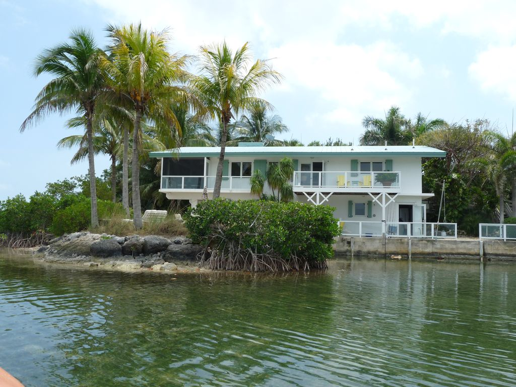 Sugarloaf Open Water Home With Beach Dock And Swimming