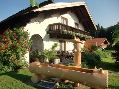 Photo for Comfortable holiday apartment, secluded, bus nearby