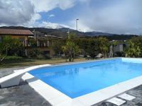 A spacious and well located villa with beautiful garden and a pool with a breathtaking view!