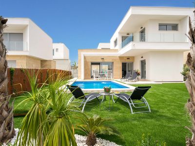 Photo for Maldiva Contemporary Villa with Private Heated Pool in Golf Torrevieja