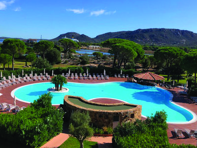 Photo for Apartment in residence with swimming pool, ideal location in Porto-Vecchio