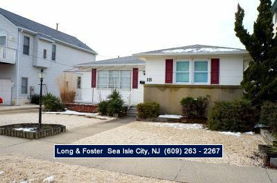 Photo for Rare, beachblock single family home!! Great southend location. Garage includes a rec room for the kids....TV included.