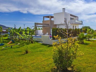 Photo for Villa, Tigaki  in Kos - 10 persons, 4 bedrooms