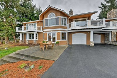 Anacortes Vacation Rental House | 2BR | 1BA | 2 Stories | 4 Guests | 1,550 Sq Ft