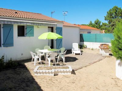 Photo for Vacation home Les Ombrines (TSM216) in La Tranche sur Mer - 4 persons, 2 bedrooms
