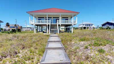 "Photo for Ready after Hurricane Michael! FREE BEACH GEAR! Beachfront, Gulf Beaches, Private Boardwalk, Wi-Fi, 4BR/3BA ""Sea Watch"""