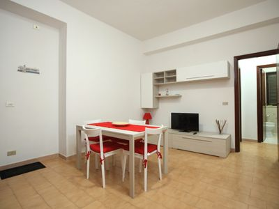Photo for 3-room apartment directly on the beautiful sandy beach with large communal terrace and sea view