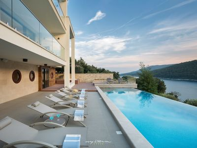 Photo for Breathtaking villa with saunas and jacuzzi