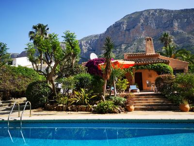 Photo for Gorgeous Villa . 2 Bed, private pool, FREE WiFi, Air-conditioning and BBQ
