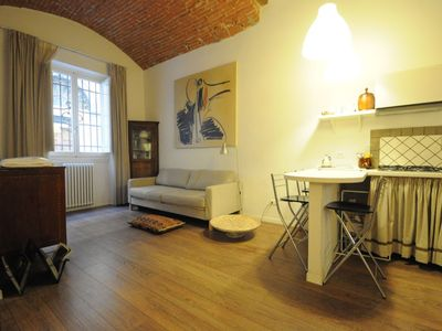 Photo for Lovely flat in the heart of Florence close to Santa Croce and Signoria square