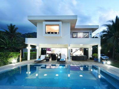 Villa N°10 By ENJOY VILLAS MOOREA ,Luxury beachfront villa with infinity pool
