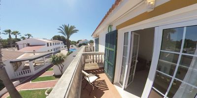 Photo for Fantastic Apartment with Pool, Balcony & Wi-Fi