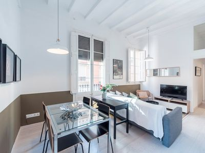 Photo for Bright apartment with terrace in charming Gracia