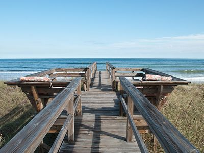 Photo for Private Oceanfront, Pet Friendly, One Bedroom