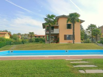 Photo for Holiday appartment with a big garden, nearby Lazise's centre.