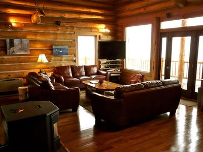 Great Room/ kitchen with gorgeous views of Henry's Lake. Seating for nine.