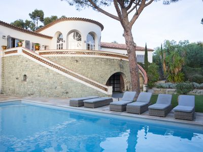Photo for Charming family villa, seaview, walking distance to Ste Maxime center, Semaphore