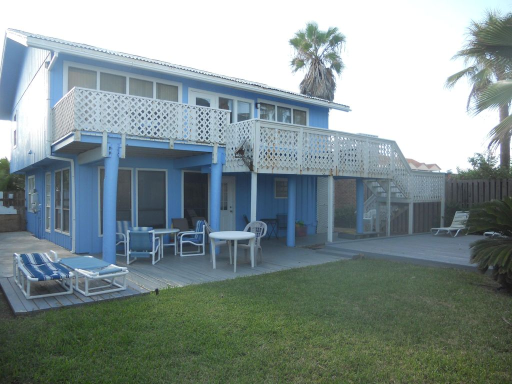 The Blue Beach House Cozy And On Spi 112963