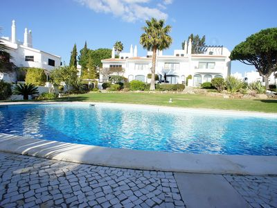 Photo for 2 Bedroom Townhouse in Lakeside Quinta do Lago