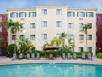 Photo for Suite Near the Beach! Shared BBQ Area, Free Breakfast, Business Center + Gym
