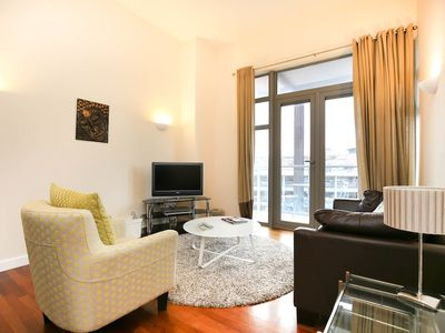 Photo for Week2Week Fabulous 1 Bedroom City Centre Apartment