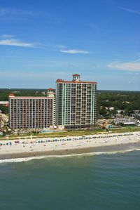 *ALL THE COMFORTS OF HOME WITH OCEAN BREEZE & BEACH VIEWS! OCEANFRONT SUITE!*